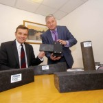 David Jones MP visiting a factory in Clwyd West / David Jones AS yn ymweld â ffatri yng Ngorllewin Clwyd